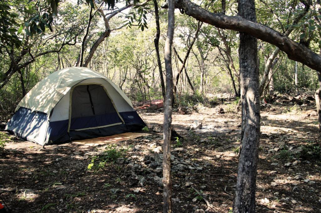 Acampando en los Cenotes de Candelaria